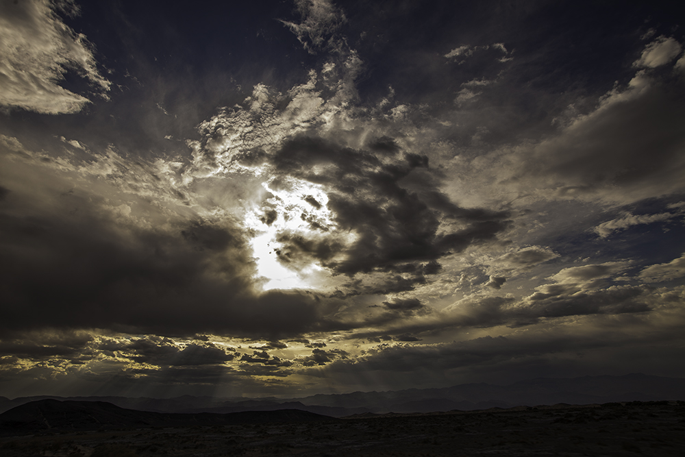 Sun rays through the clouds, Death Valley