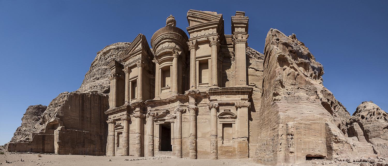monastery-pano1vrs2sml