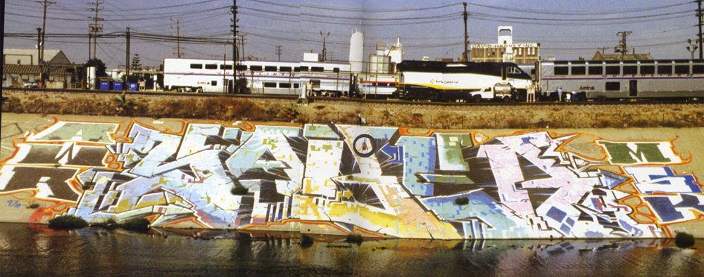 Saber piece on the bank of the LA river by Ohm17 (https://secure.flickr.com/photos/ohm17/) used under creative commons licence