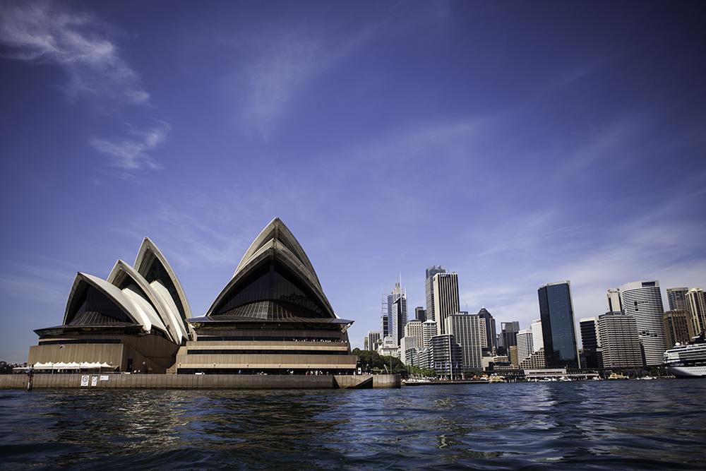 Sydney ©Uchujin-AdrianStorey_2014