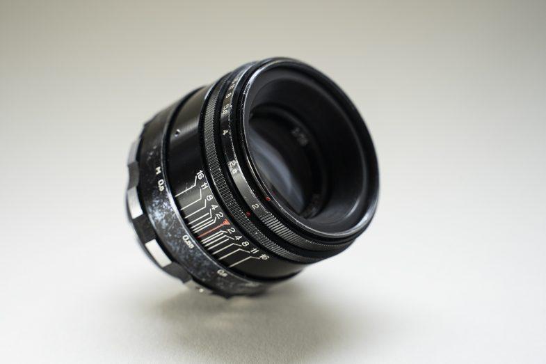 Helios 44-2 58mm F2 -sideview -©Uchujin-AdrianStorey-040619
