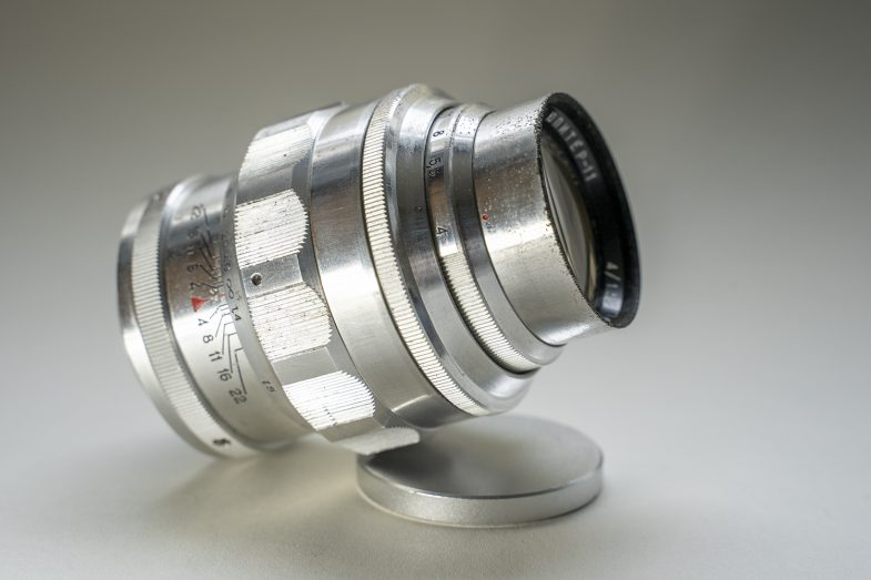 Jupiter 11 135mm F4-sideview-©Uchujin-AdrianStorey-040619